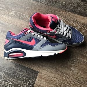 Nike Air Max Women's sz 9
